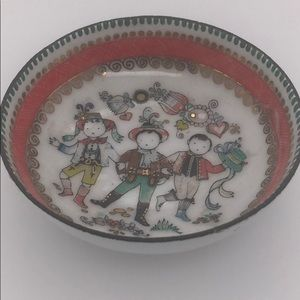 Vintage ARTA hand painted enamel ring dish bowl